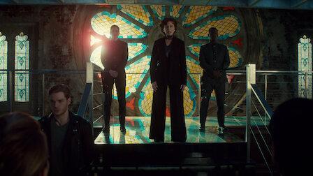 觀賞惡魔之血。第 2 季第 13 集。